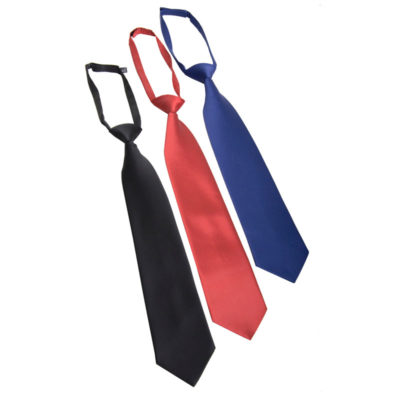 előre megkötött nyakkendő