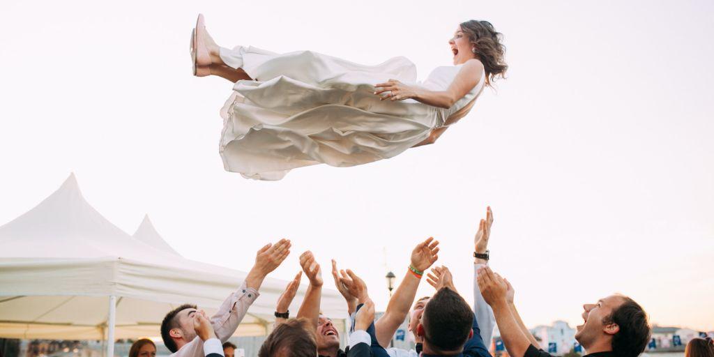 esküvő játék megismerni a vendégek)