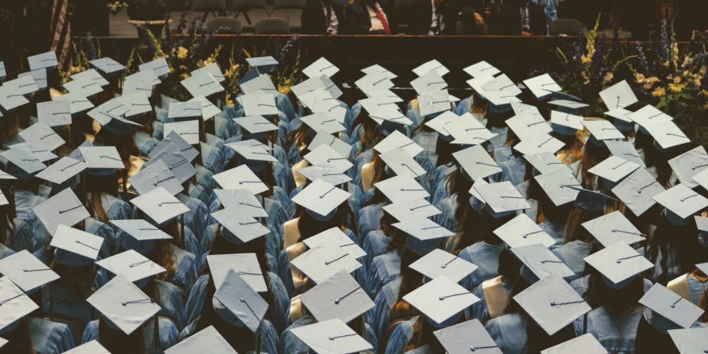 gratuláció diplomához