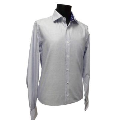 Line One vasaláskönnyített ing